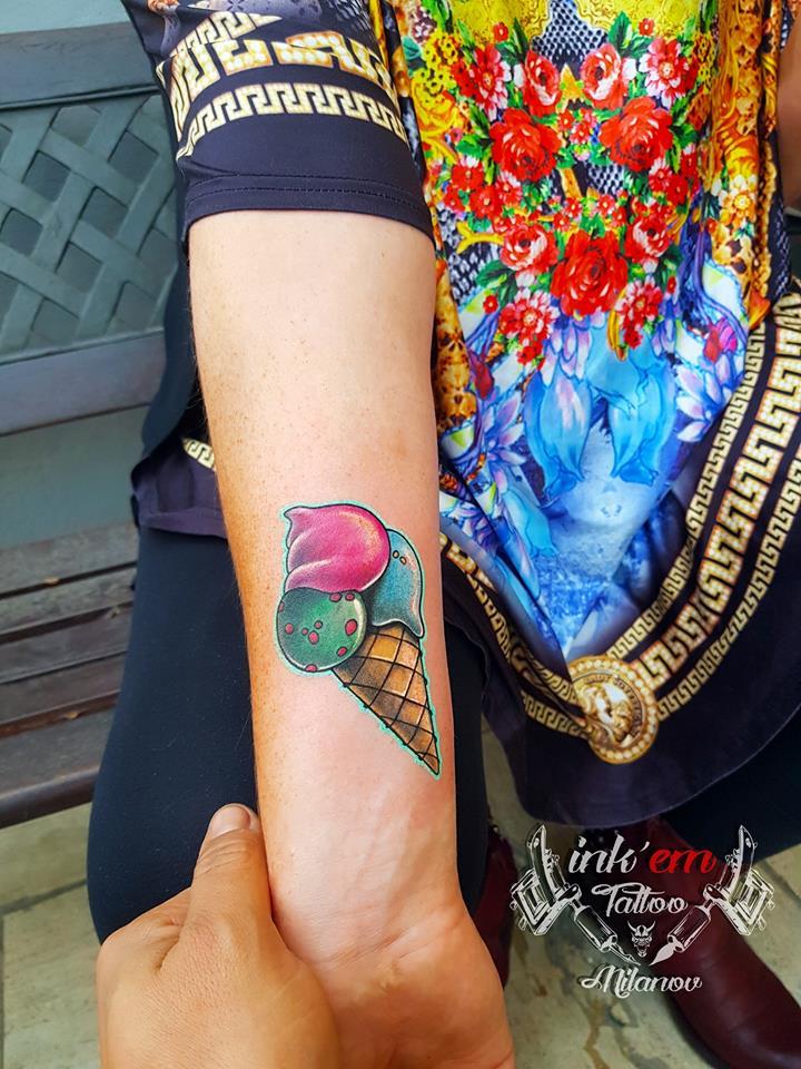 gelato tatuaggio colore